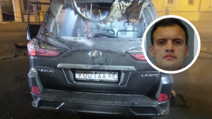 В Екатеринбурге начнут судить водителя Lexus с «блатными» номерами, который в аварии погубил двух женщин