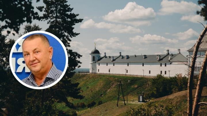 В Тобольске бывший депутат, который сбил гаишника, признал вину и раскаялся