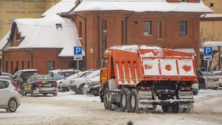Миллионы на сугробах: шесть компаний, которые зарабатывают на уборке снега в Ярославле