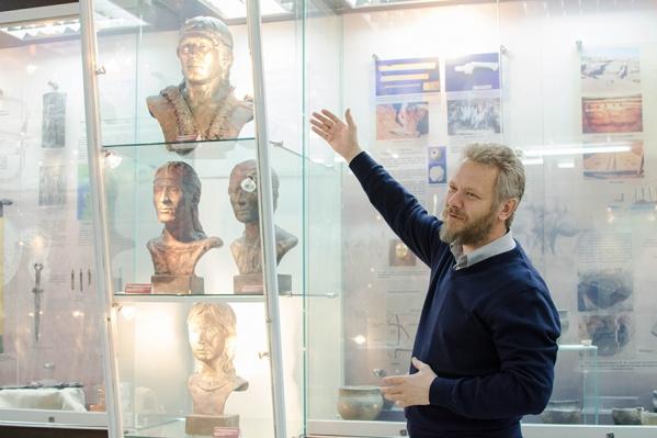 На кафедре отечественной и зарубежной историиЮУрГУ можно освоить навыки интерпретации исторического опыта, научиться самостоятельно проводить научные исследования в области истории и археологии