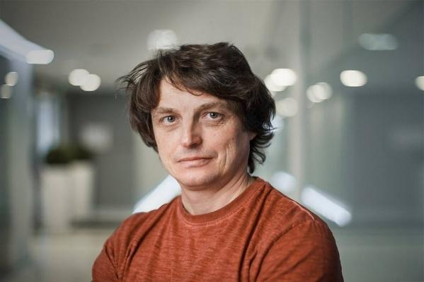 Алексей Захаров на протяжении 20 лет следит за рынком труда в России