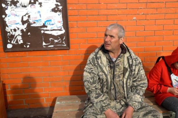 Раскаялся и извинился: подозреваемого в избиении ветерана отправили под арест