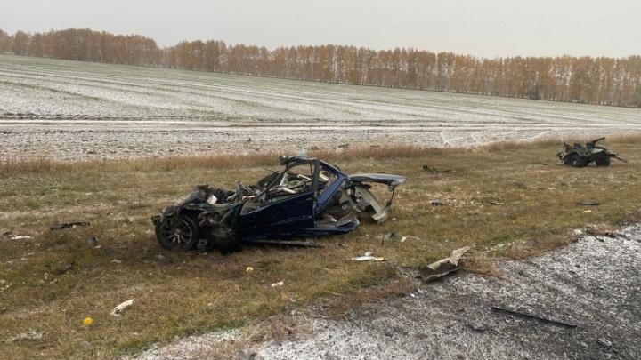 Во время утреннего снегопада в Омской области произошло 19 аварий