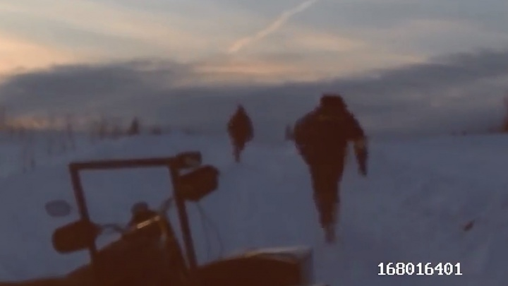 На Урале нарушитель предпочел убегать от ГИБДД пешком, потому что его мотоцикл был слишком медленным