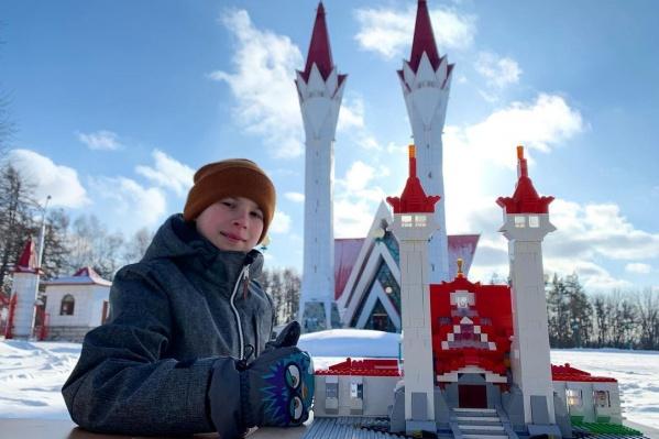 Мечеть«Ляля-Тюльпан» в исполнении Богдана