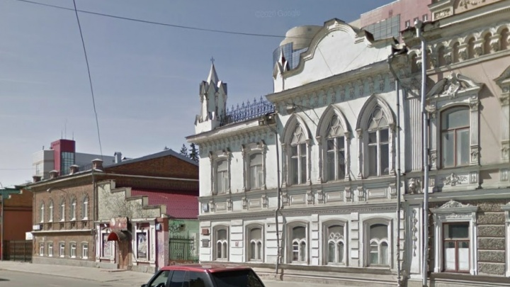 Вернут цвет слоновой кости: в центре Екатеринбурга отреставрируют усадьбу XIX века