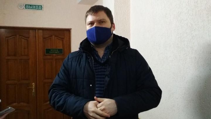 «Моральное напряжение нужно было снимать»: адвокат Солдатовой объяснил ее отъезд за границу