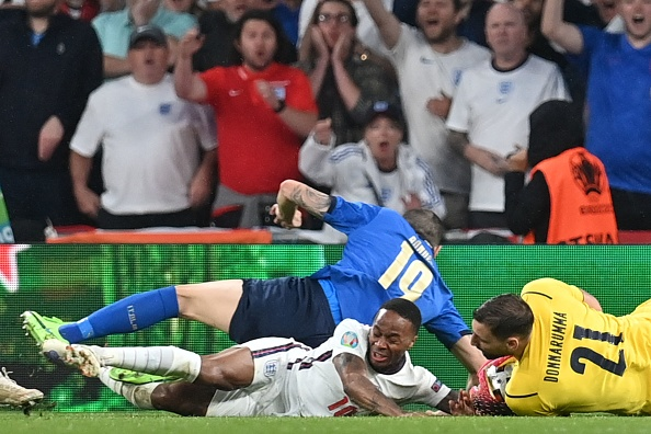 В финальном матче сыграли команды Италии и Англии