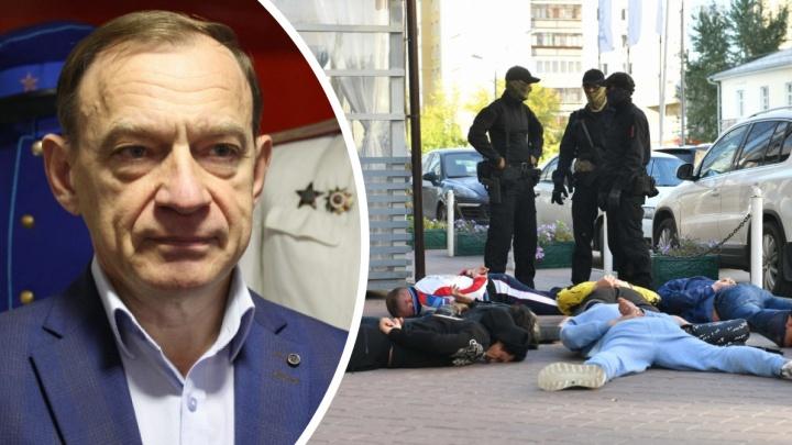 Экс-глава УВД Екатеринбурга: в 90-е полиция могла ворваться на свадьбу авторитетов и всех уложить лицом в пол