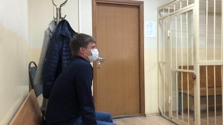 «Дал ногой под задницу». Многодетный отец в Екатеринбурге убил знакомого пинком