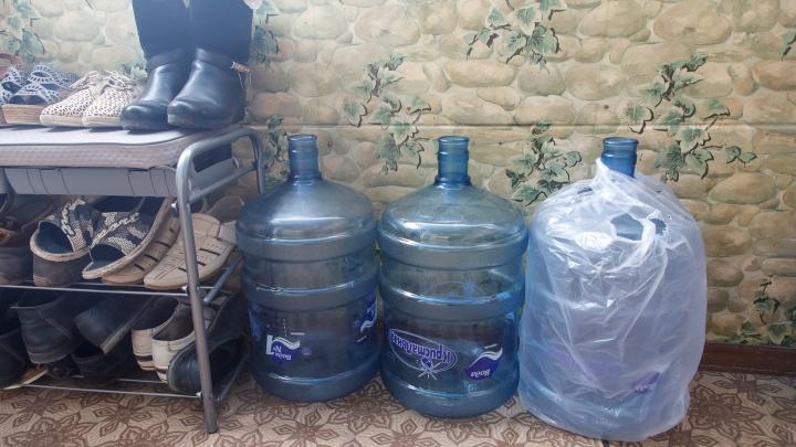В Волгограде девятиэтажку в день выборов оставили без питьевой воды