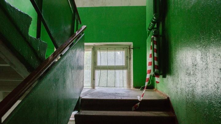 «44 года здесь — такого не бывало»: что говорят жильцы дома, где на архангелогородца напали с мачете