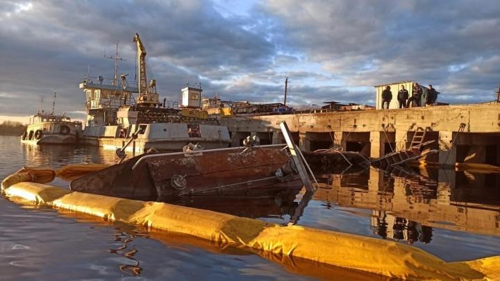 В Городецком районе затонул буксир. По воде разлилась нефть