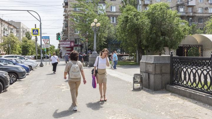 Общественник потребовал от администрации вернуть исторические фонарные столбы на проспект Ленина в Волгограде