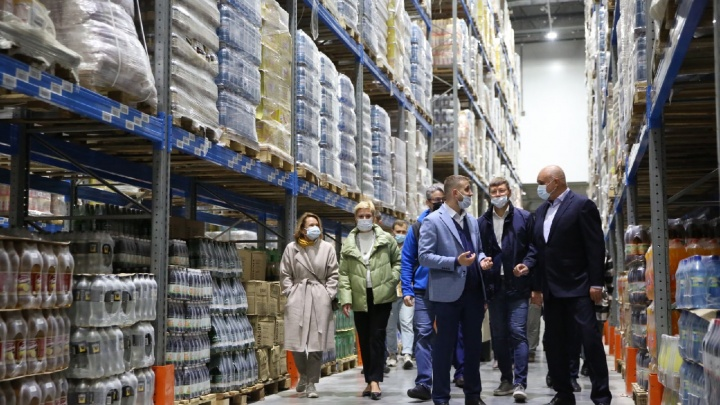 В Кемерове открыли новый логистический центр за 2 млрд. Он должен стабилизировать рост цен на продукты