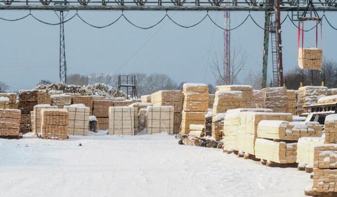 Два человека погибли из-за взрыва на заводе в Свердловской области