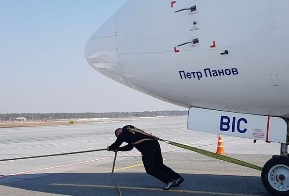 Самый сильный человек Сургута готовится к рекорду России. Вот видео тренировки