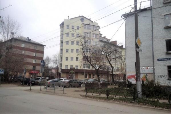 Движение ограничат начиная с перекрестка улиц Пионерской и Глеба Успенского