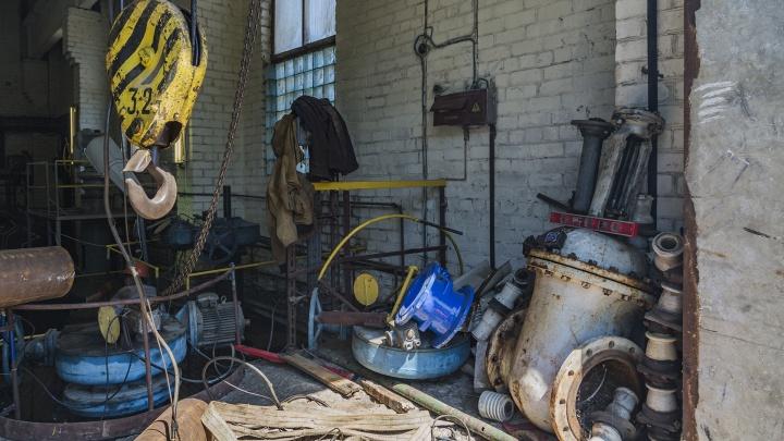 Мощный гидроудар парализовал систему водоснабжения Кировского района Волгограда. Десятки домов без воды