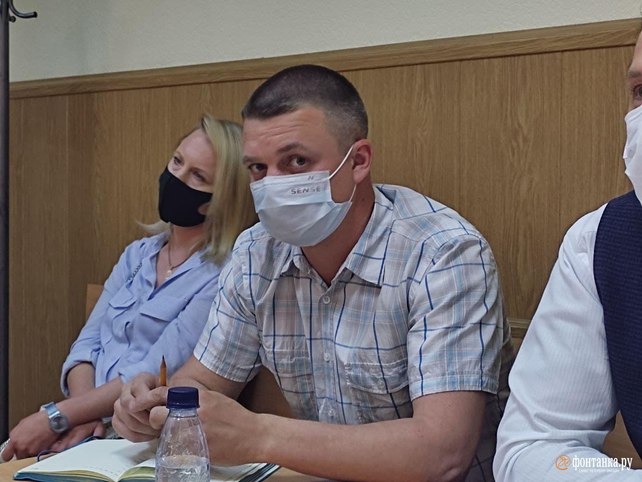 Подсудимый Евгений Емельянов