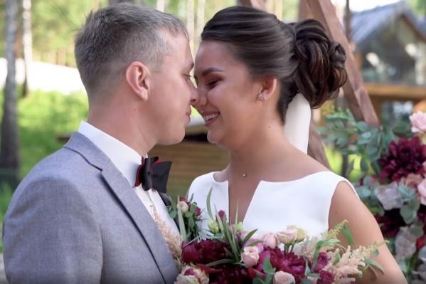 Влюбленные тюменцы боролись за звание лучшей свадьбы и денежного приза