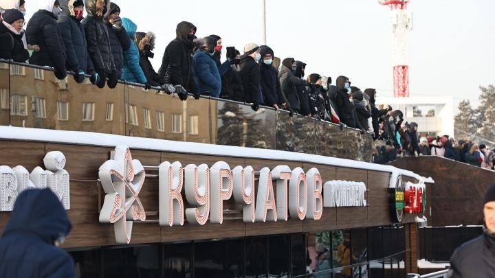 Перерывчик небольшой. Челябинские кофейни и магазины попросили закрыться на время акции протеста