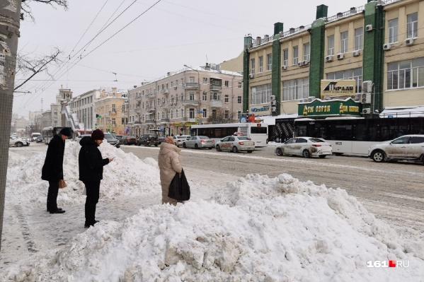 За несколько дней в Ростове намело немалые сугробы