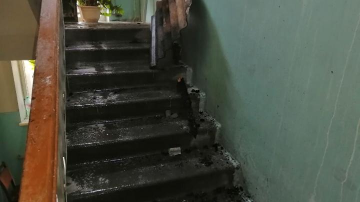 Стала известна предварительная причина пожара в пятиэтажке на Мичурина
