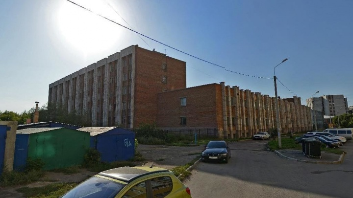 В Омске на 18 дней перекроют улицу Добровольского