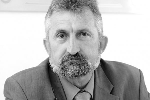 Михаил Машкарин более десяти лет был деканом факультета гуманитарного образования ОмГТУ