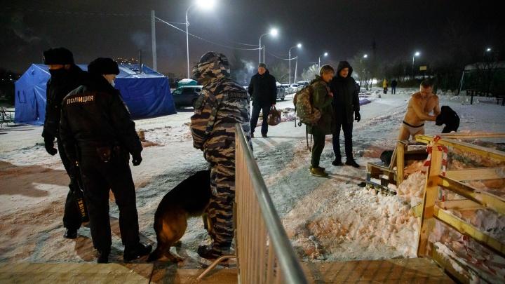 В Волгограде полиция посчитала уже окунувшихся в прорубь волгоградцев