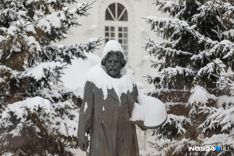 Василий Иванович завидует Поздееву — палитрой не прикроешься