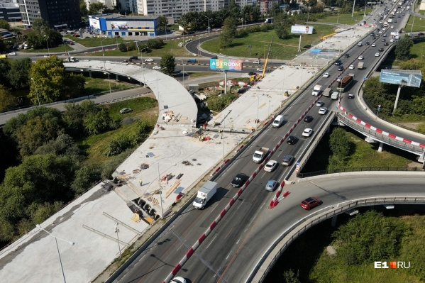 Работы на мосту по Луганской — Объездной в самом разгаре