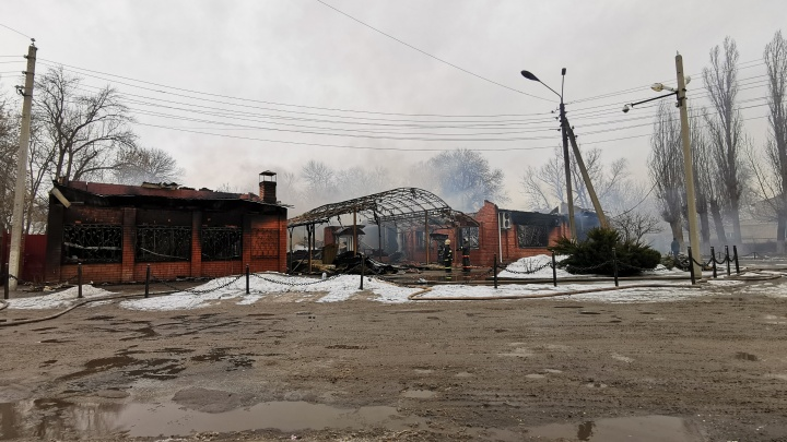 Не пережил 8 Марта: пожар в развлекательном центре Урюпинска попал на видео