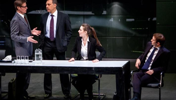 Покажут офисный детектив и исполнят шлягеры прошлых лет: в Пермь на гастроли приедет московский театр