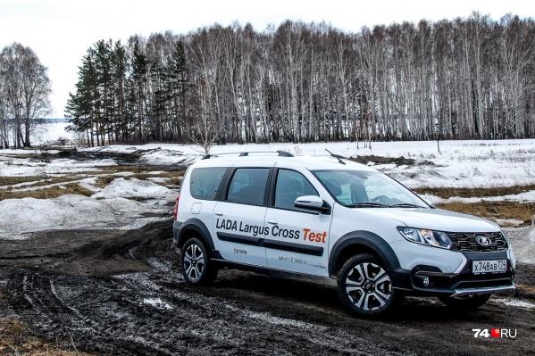 Lada Largus Cross для бездорожья не предназначен, но езду по грунтовкам разной степени паршивости одобряет