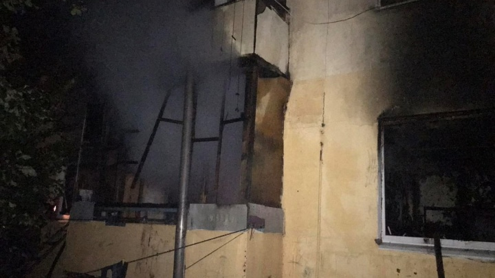 «Одному не было и года»: трое детей погибли во время пожара в Самарской области