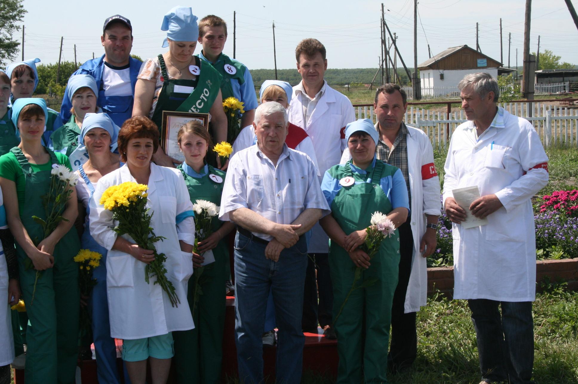 Юрий Бугаков много работал сам и требовал от подчиненных прилежания и эффективности