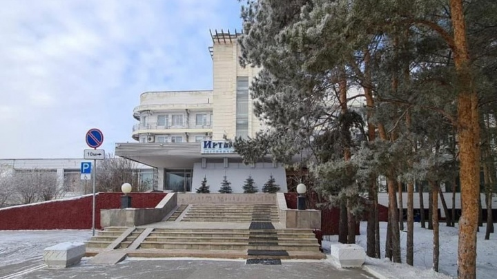 Зарплата директора муниципальной гостиницы «Иртыш» достигла почти 100 тысяч в месяц