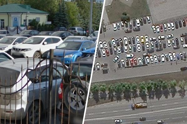 На парковке у Ткачей, 11 могут стоять полторы сотни автомобилей