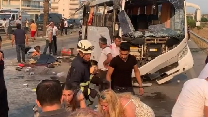 «Погибли трое туристов, еще четверо — в тяжелом состоянии»: всё о ДТП с автобусом в Турции