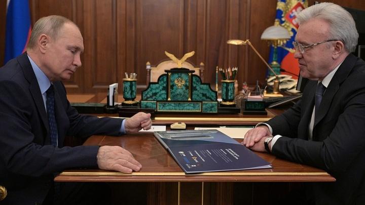 «Я надеюсь, вы сможете пройти по Енисею»: о чем губернатор Усс поговорил с Путиным
