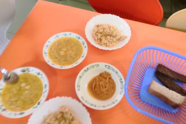 Не все дети в крае довольны питанием в школах
