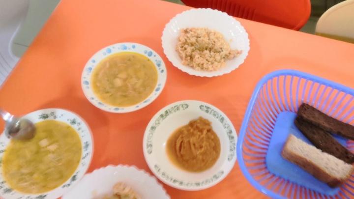 Красноярский край попал в «невкусный топ» по питанию детей в школах