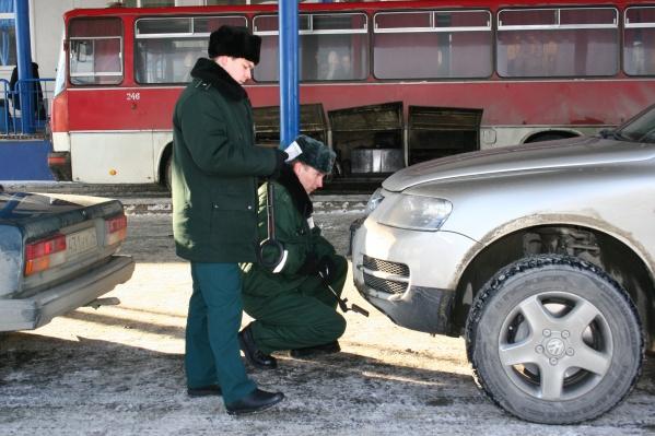 Курганцы уже несколько раз судились с Тюменской таможней из-за ареста автомобилей, купленных в Армении или Киргизии