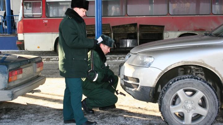 Житель Кургана лишился своей иномарки на границе и подал в суд на таможенников