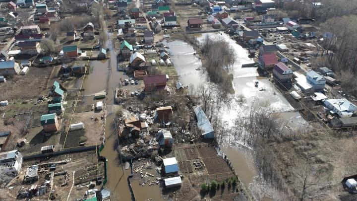Спасатели из Уфы рассказали, где до сих пор затоплены территории из-за половодья и перекрыты автомобильные дороги