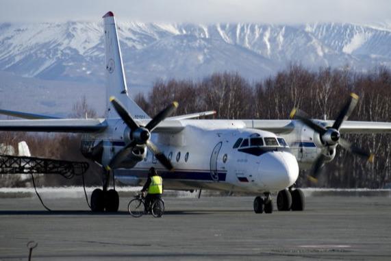На борту Ан-26 было 28 человек, включая двух несовершеннолетних