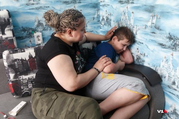Старший сын Екатерины — аутист