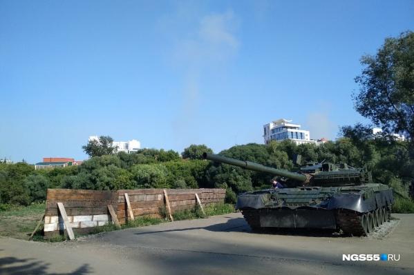 Территорию возле танка и спуск к реке планируется сделать в рамках четвертой очереди благоустройства набережной